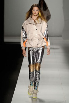 cocacolaclothing-fashionrio-inverno2012_17